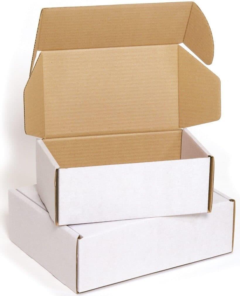 scatola da spedizioni postale