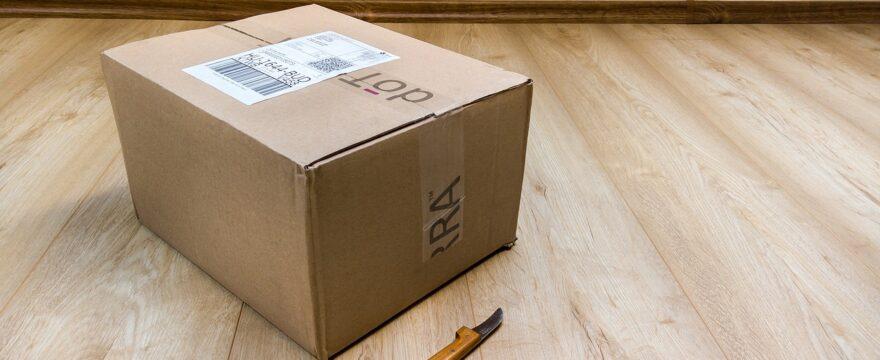 Come devono essere calcolate le misure di un pacco da spedire